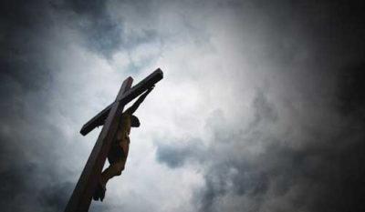 gesu deposto dalla croce