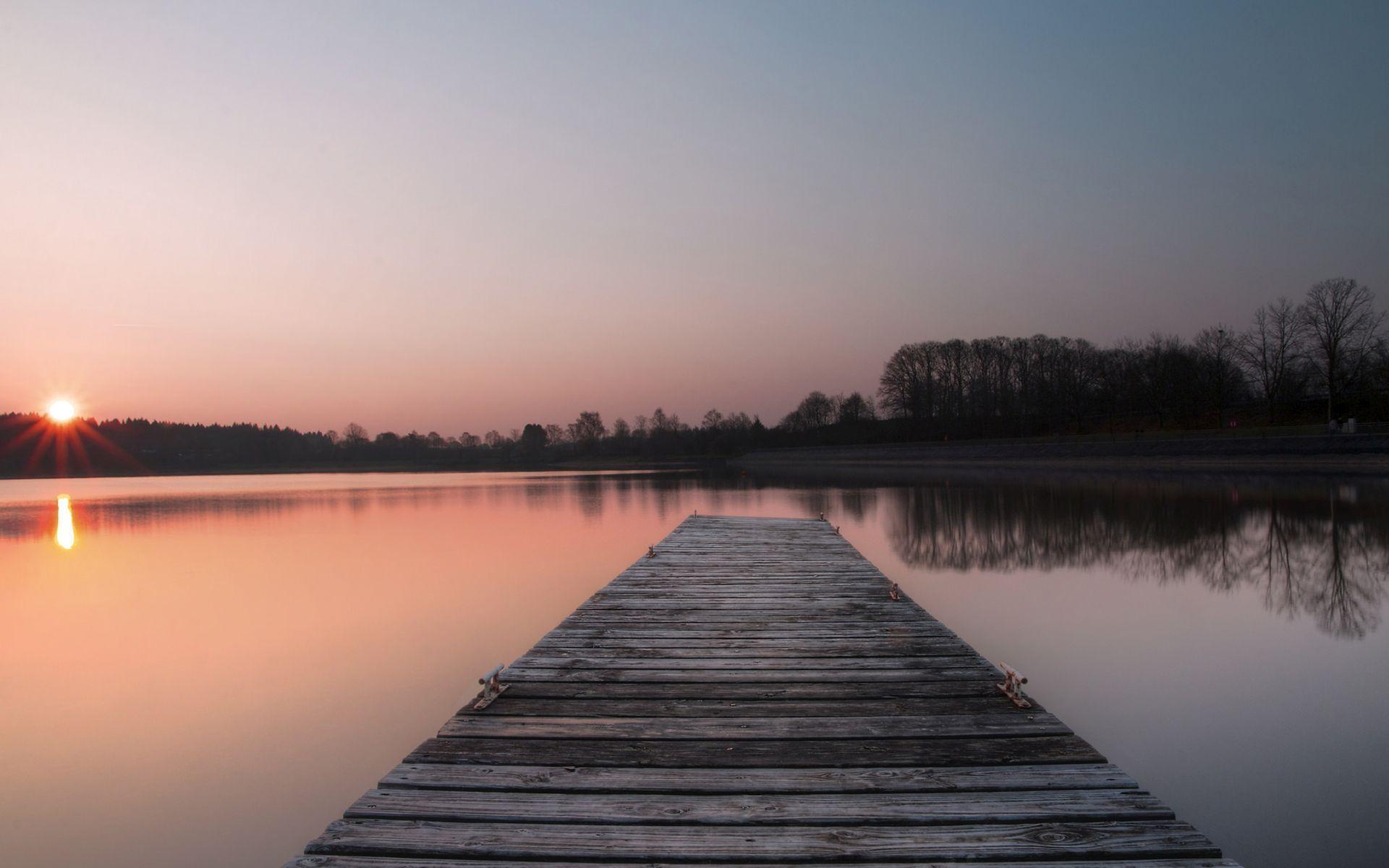 pier-on-the-calm-lake
