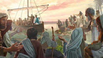 gesù predica alla folla